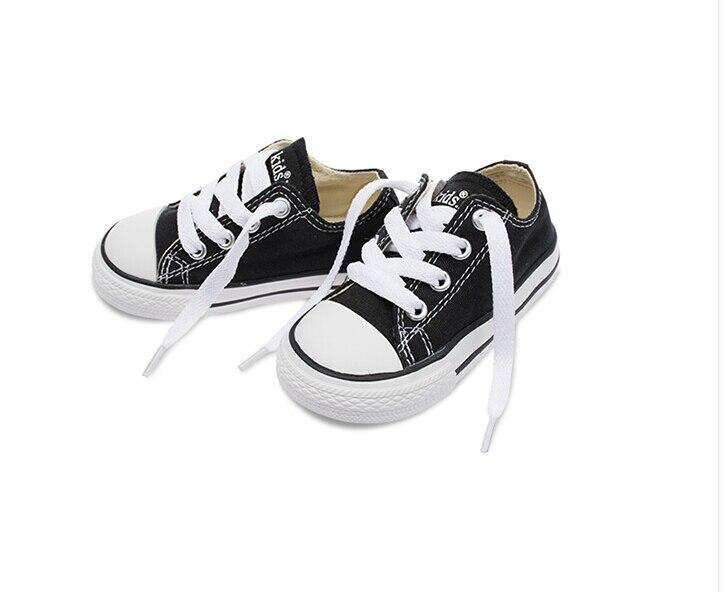 Personnalisé superbe strass coloré cristal bébé enfants chaussures de sport à la main Bling diamant premier marcheur chaussures pour bébés