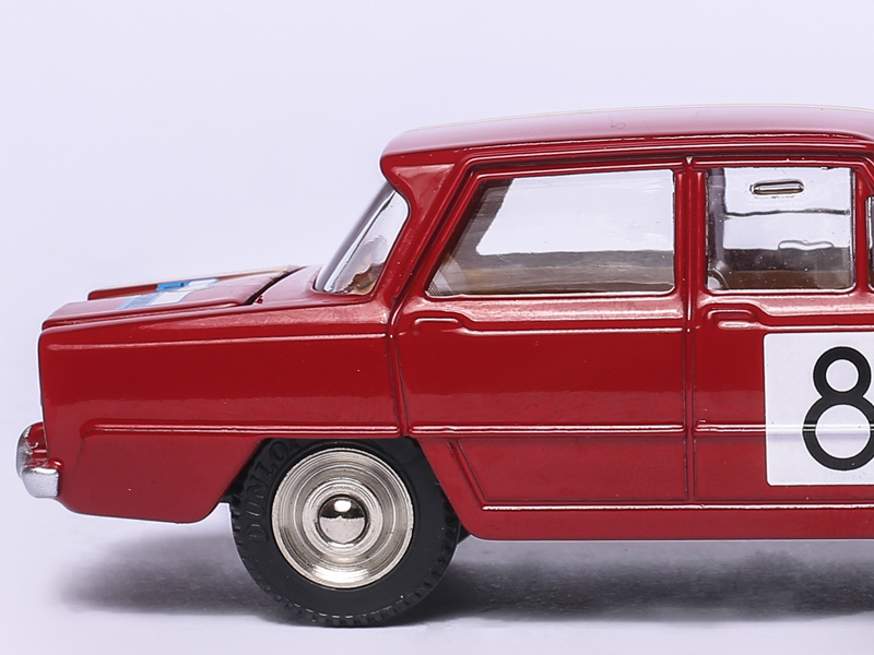 Alfa Romeo Giulia 1600 TI DECORATION RALLYE Ref 1401 1:43 Dinky Toys Atlas