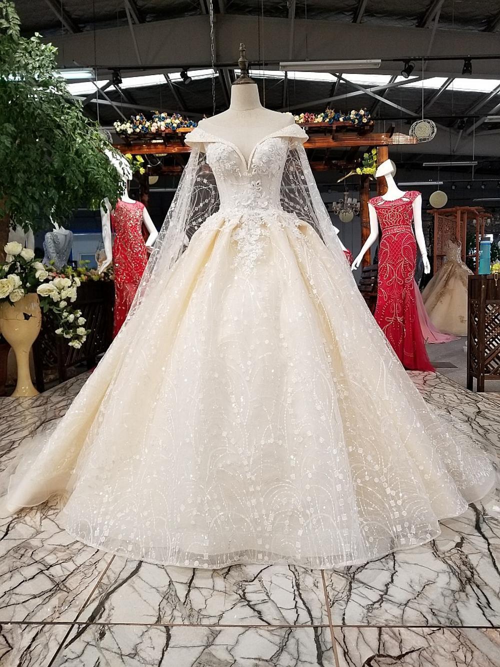 Aliexpress.com   Buy Backlakegirls Sweetheart Neckline Satin Wedding ... 93dd4e0e9b05