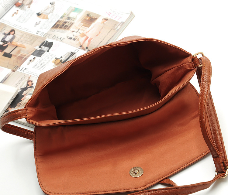 Small Bags for Women  Messenger Bags Leather Female Newarrive Sweet Shoulder Bag Vintage Leather Handbags Bolsa Feminina at Lowest Price 22