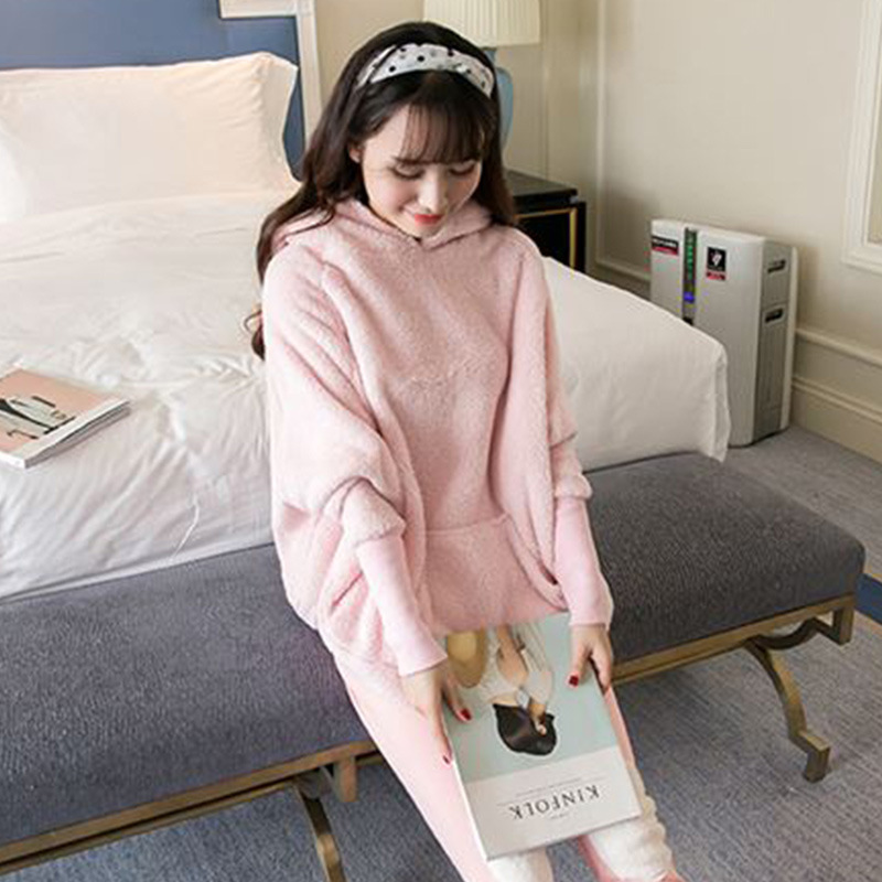 Korea new ladies and sisters sexy home wear pajama coral flannel flannel pajamas