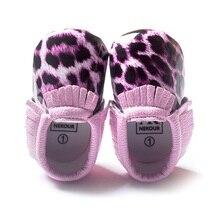 Фиолетовый Печати Леопарда Девочка Обувь Новорожденных Против Скольжения Носки Кожа детские Мокасины Малыш Обуви Оптом