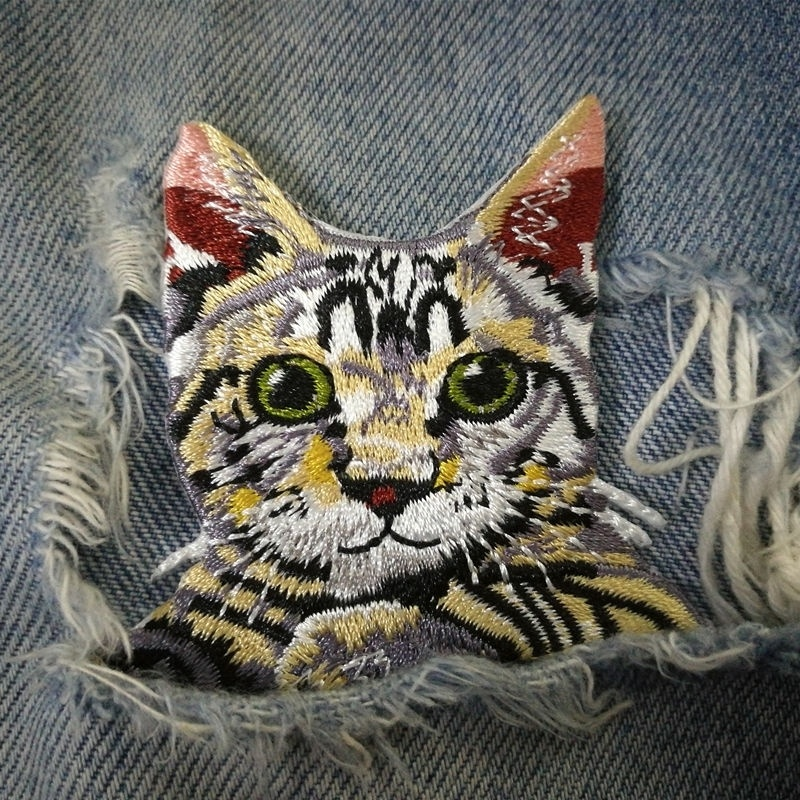 1 PIC 6.5*6.6CM Computer Embroidery Chapter Animal Cat Clothing Cartoon Embroidered Cloth PATCH