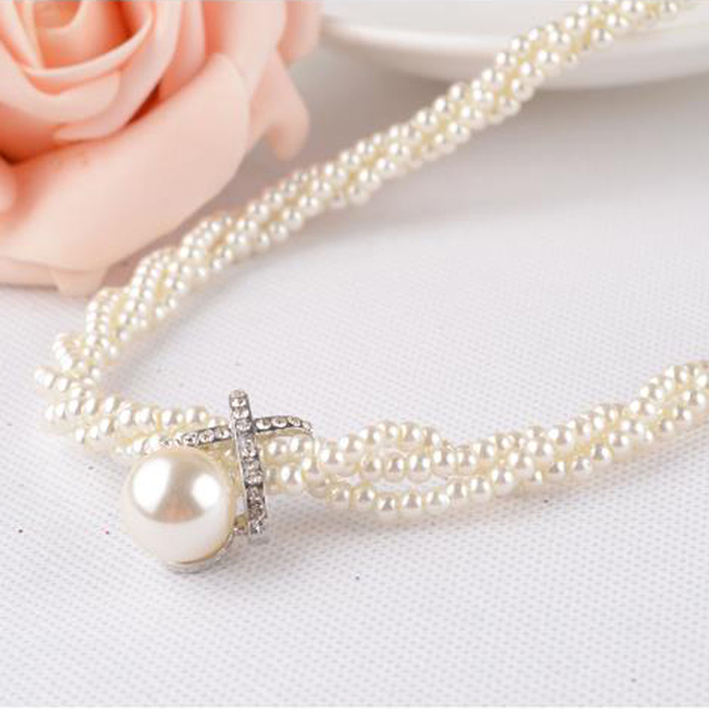 LNRRABC Statement Women Girls Choker Chunky Simulated Pearl Necklace Vintage Bib Necklace Pendant Fashion Jewelry