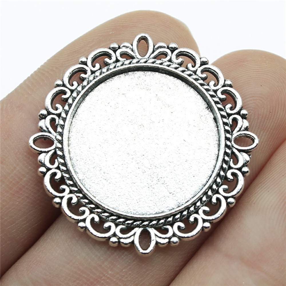 цена на 10pcs 20mm Inner Size Round Antique Silver Color Simple Zinc Alloy Cameo Cabochon Base Setting Charms Pendant DIY