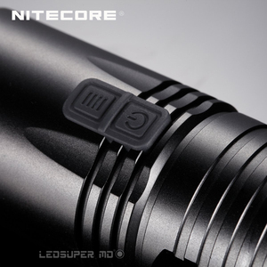 Image 5 - 2015 버전 탐색기 시리즈 Nitecore EA41 크리 어 XM L2 U2 LED 손전등 1020 루멘 사전 4 * AA 휴대용 서치 라이트