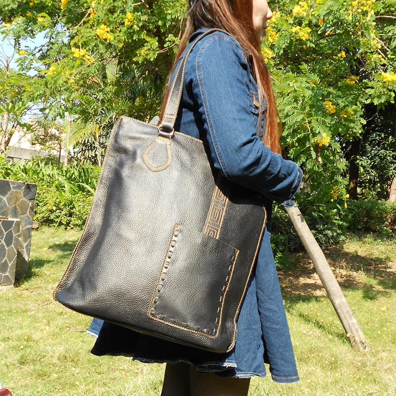 Female brief big genuine leather casual tote handbag large capacity first layer of cowhide women single shoulder shopping bag polo women golf club clothing bag handbag nylon first layer of leather