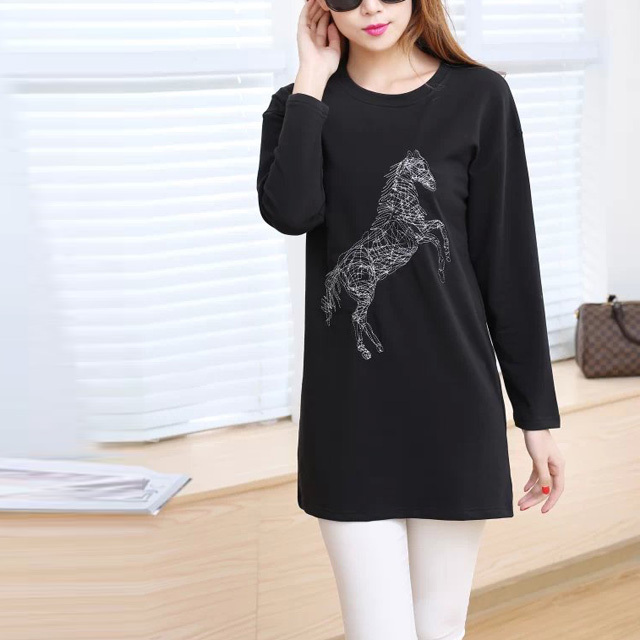 2016 Autumn Women Long Style Sweatshirts Horse Embroidery Pullover Long Sleeve O Neck Tracksuits Wild Casual