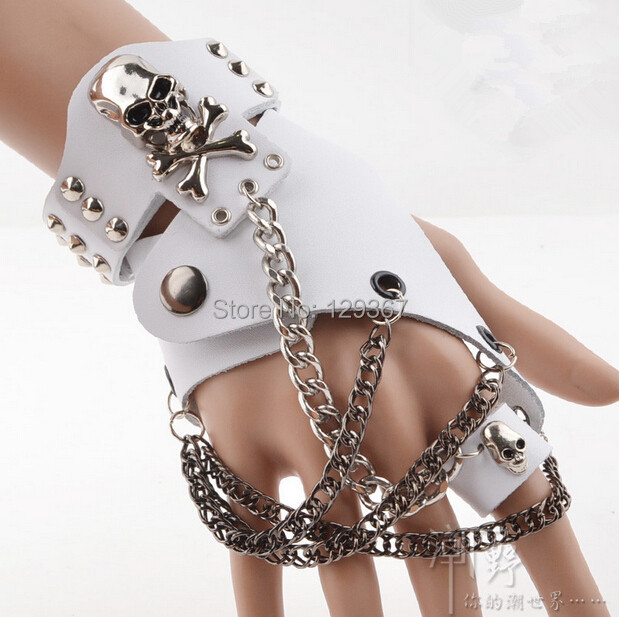 Fashion Men Women Hip-hop Non-mainstream Half-finger Gloves Chain Ring Genuine Leather Punk Rivet Gloves Rings R1593