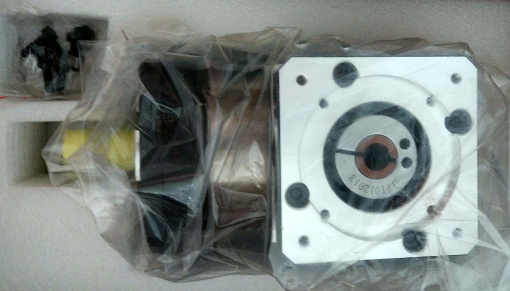 right angle 90 degree planetary gearbox reducer 10 arcmin Ratio 3 1 to 10 1 for