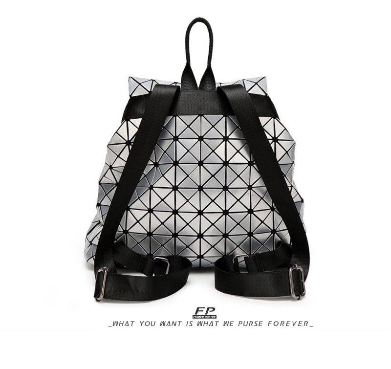2016-New-Bao-bao-women-pearl-bag-Diamond-Lattice-Tote-geometry-Quilted-backpack-sac-bags-women-famous-brand_05