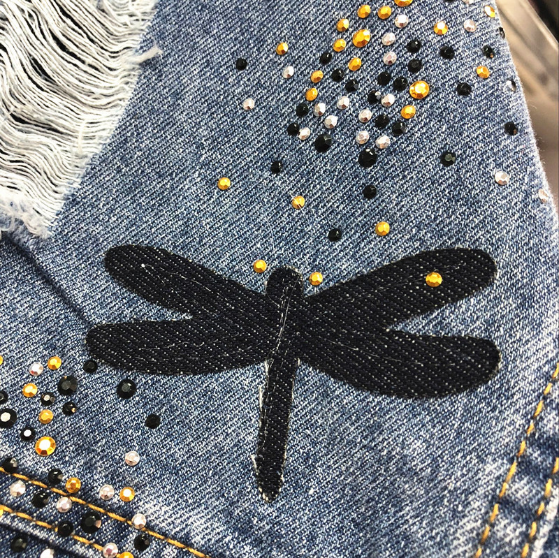 2018 New Autumn Women's Holes Jeans Jacket Female Casual Dragonfly Patch Loose Denim Coat All-match Long Sleeve Outwear 4