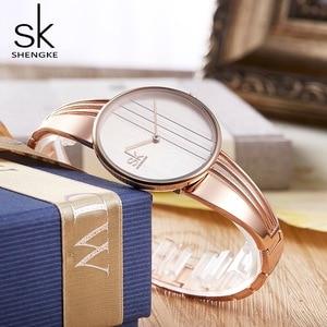 Image 4 - Shengke Fashion Gold plated Women Watches Charm Ladies Wristwatch Bracelet Quartz Watch Women Montre Femme Relogio Feminino