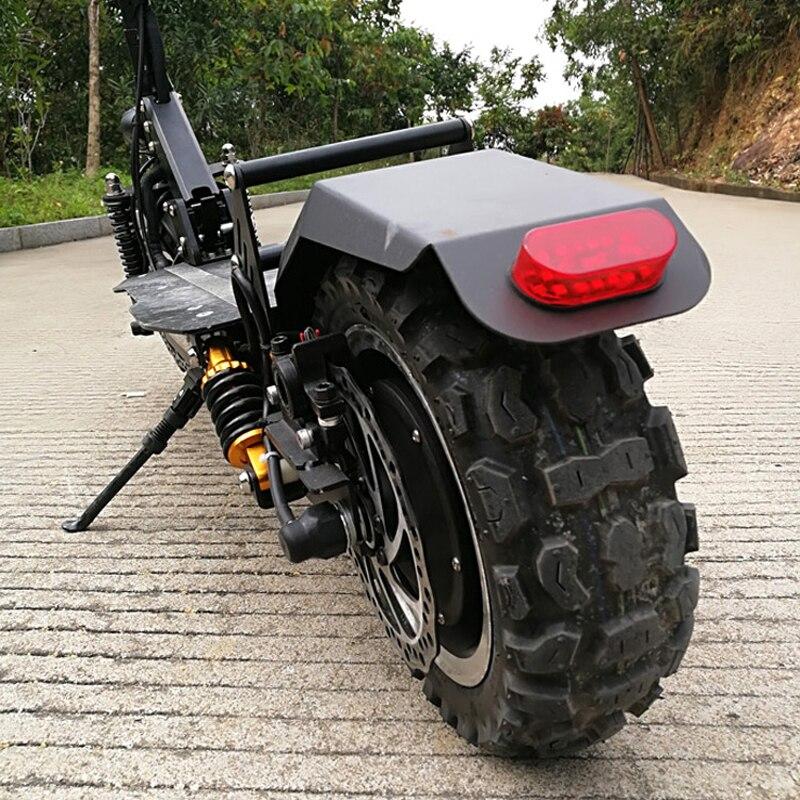 11 pouces Hors Route Scooter Électrique 60 V 2400 W 65 Km/h Forte puissant hover bord elektro scooter