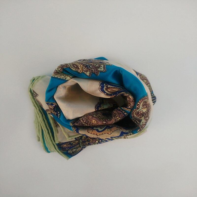 Nouveaux foulards en soie populaires en 2018 il a à la fois classique et moderne beauté Charmful Comfortabl populaire