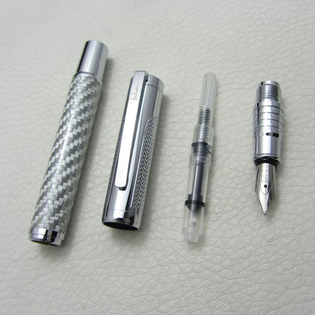 Fountain Pen Silver Carbon Fiber