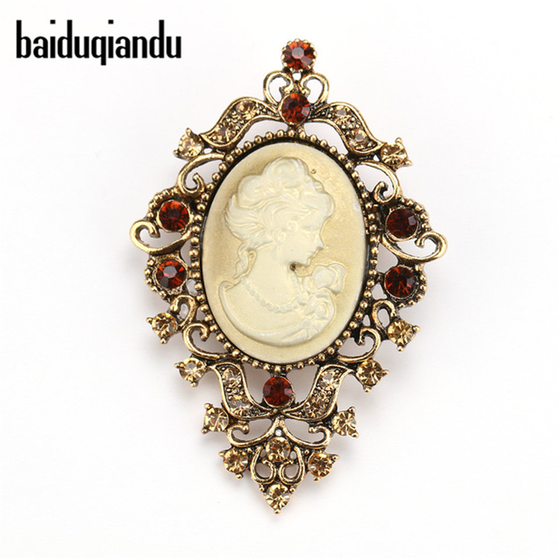 baiduqiandu Ny Ankomst Vintage Crystal Queen's Cameo Broche Pins til Women Dress Shirt Tilbehør
