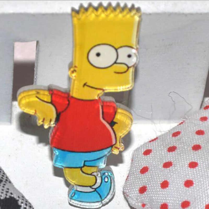 1 PZ Acrilico Spille Cartoon Anime Divertente Simpson Spille Zaino Studente Abbigliamento Spille Pins Bag Decor Spilla Distintivo Croci