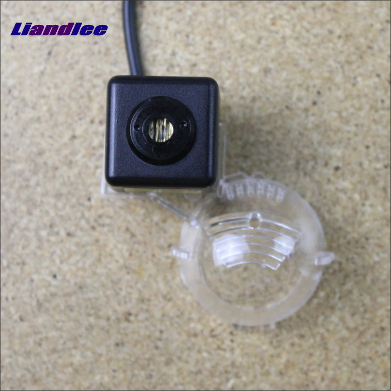 Liandlee Anti Collision Laser Lights For Suzuki SX4 SX-4 SX 4 Hatchback  Car Prevent Mist Fog Lamps Anti Haze Warning Rear Light car tracing cauda laser light for volkswagen vw jetta mk6 bora 2010 2014 special anti fog lamps rear anti collision lights