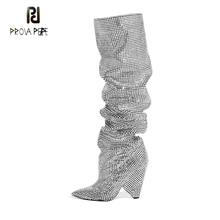 Prova Perfetto/роскошные женские сапоги до колена с острым носком, украшенные кристаллами, пикантные сапоги на не сужающемся книзу массивном каблуке, женские сапоги без шнуровки для ночного клуба со стразами