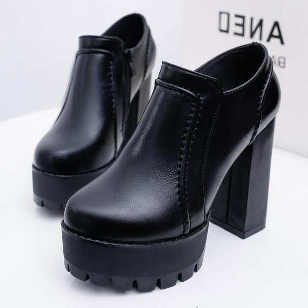 Noir Talons Mode À forme Basses Épais Bottes Nouveau Talons Plate L'automne Haute Ultra Nues Étanche Chaussures Et 2018 De qOwRnC