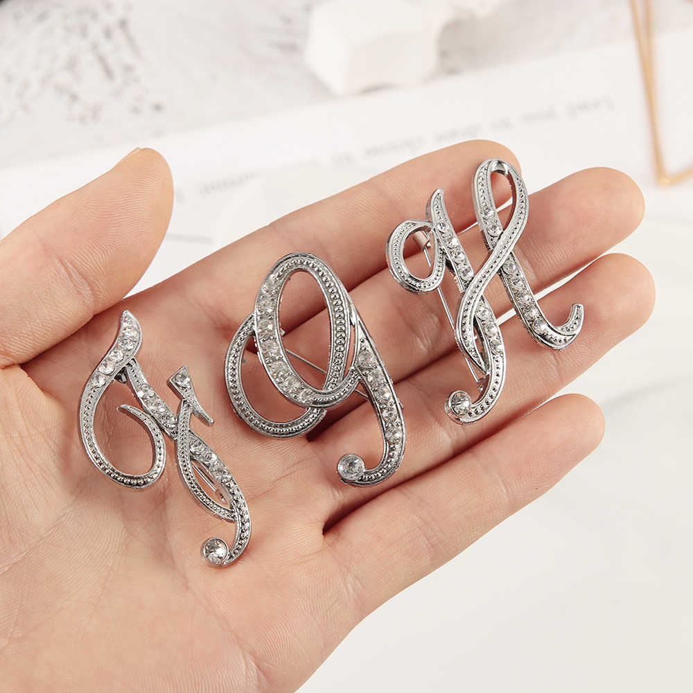 2019 Fashion Creative Arrival Unisex Crystal English 26 Letters Design Brooches Pins Rhinestone Alphabetical Letter Brooch Gifts