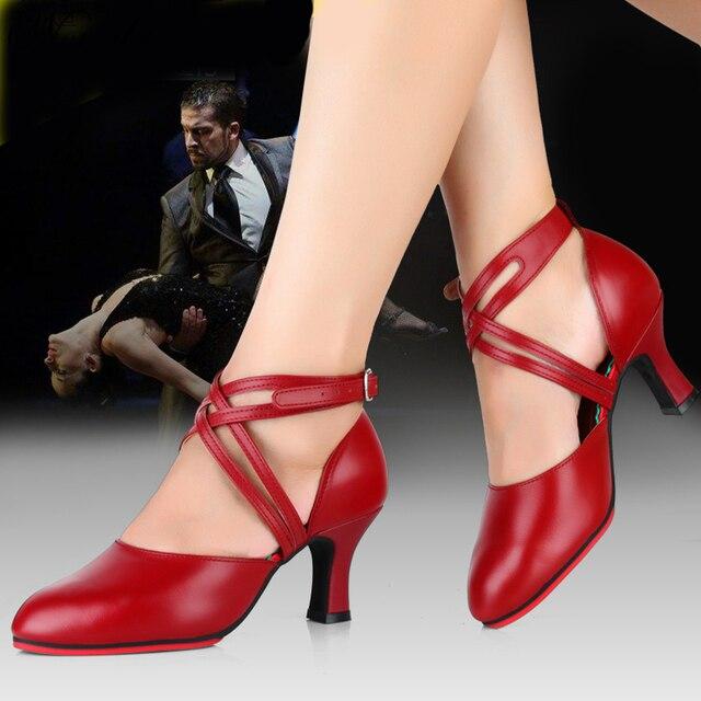Profissional Mulheres Ballroom Latina Salsa Tango Sapatos de Dança de Couro Vermelho Senhoras Sapato Fechado Do Dedo Do Pé Sapatos Femininos Saltos Altos 8 cm
