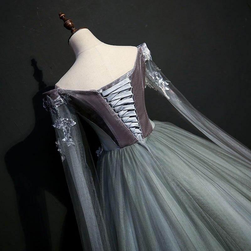 ויקטוריאני משלוח אפור שמלה