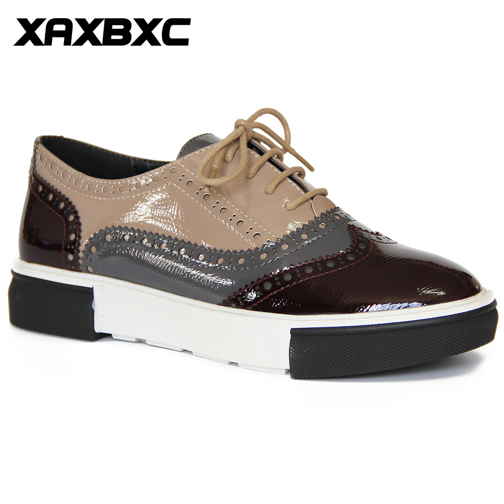 XAXBXC 2018 Vårhøst Britisk stil Brogues Oxfords Flats Kvinner Lace Up Patent Leather Round Toe Mujer Casual Ladies Shoes