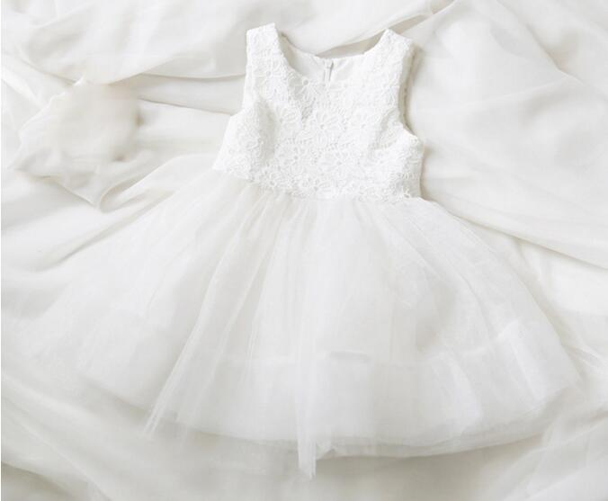 665442effa White Princess Dress Girls Lace Mesh Net yarn Ball Gown Sleeveless Vest Dress  Kids Birthday Party Dress Clothes-in Dresses from Mother   Kids on ...