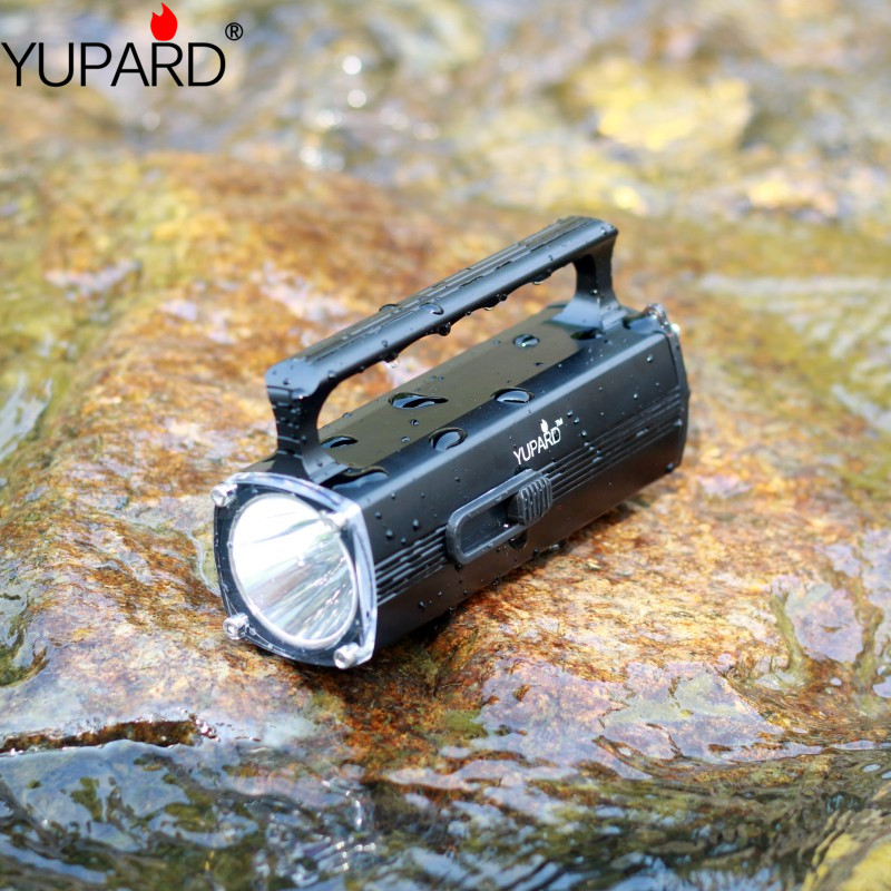 Купить с кэшбэком YUPARD diving diver flashlight waterproof underwater depth 100meters high bright XM-L2 LED torch lantern spotlight rechargeable