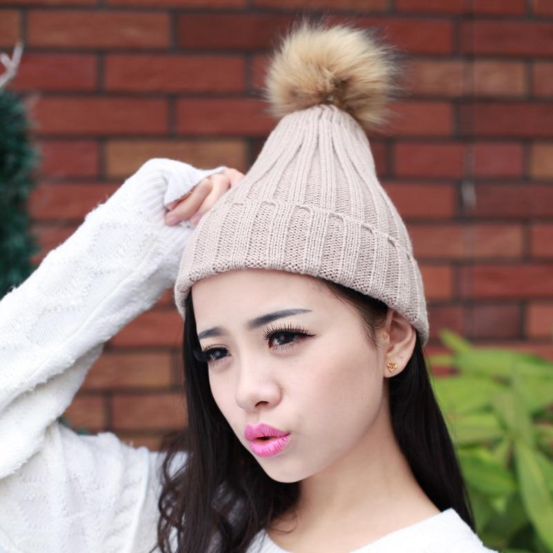 2016 nuevas mujeres primavera invierno sombreros gorro de punto sombrero  del ganchillo con Pieles de animales pompom oído proteger casual Cap chapeu  ... f024953f376
