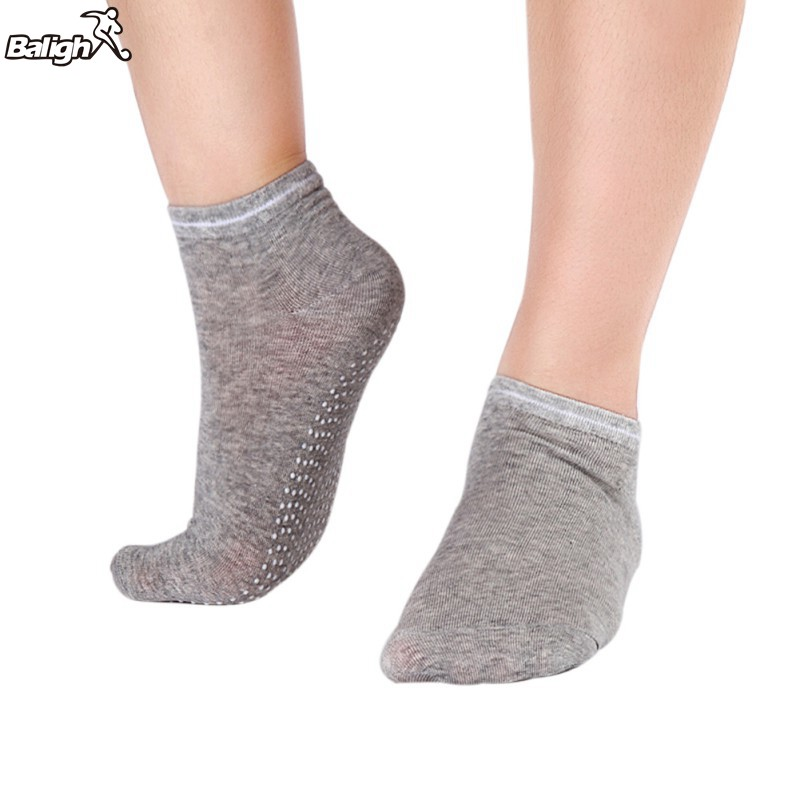 1 Pair Women Yoga Fitness Pilates Socks Colorful Non Slip Massage Toe Durable Dance Ankle Grip Exercise Printed Letter Socks