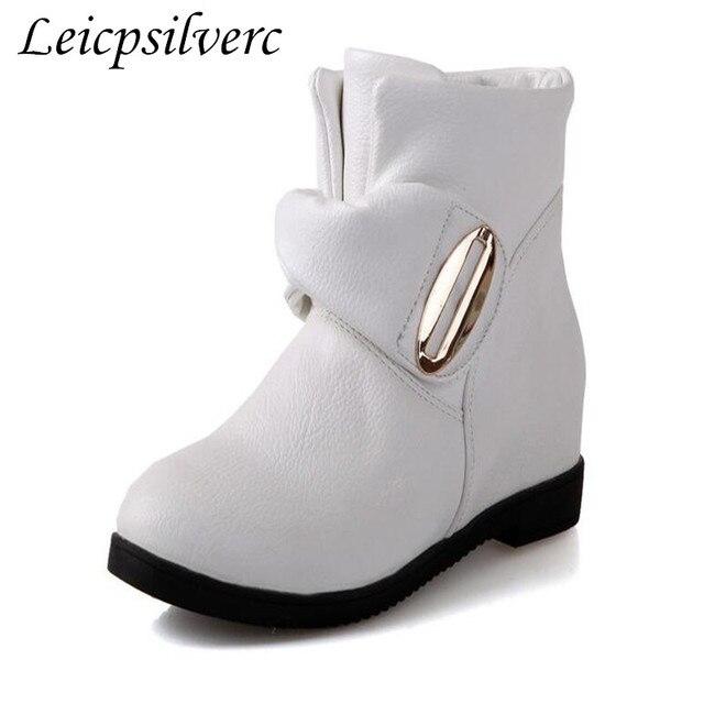 Женские ботинки; Новинка; сезон осень; белые туфли на плоской подошве с ремешком и пряжкой; короткие ботинки