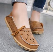 Nowy duży rozmiar damski buty 34-44 wygodne płaskie z miękkie dno hollow buty dla matek moda antypoślizgowe buty z groszkiem tanie tanio Dla dorosłych Mieszkania Wiosna jesień Stałe BEYARNE Podstawowe Pasuje prawda na wymiar weź swój normalny rozmiar
