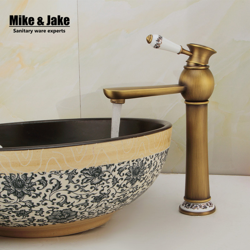 Free shipping antique brass Bathroom Faucet Antique bronze finish Brass Basin Sink Faucet Single Handle water taps free shipping bathroom basin faucet with single handle single hole antique brass oil rubbed bronze
