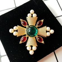 Free Shipping New Cute Design Elegant Exquisite Brooch цена 2017