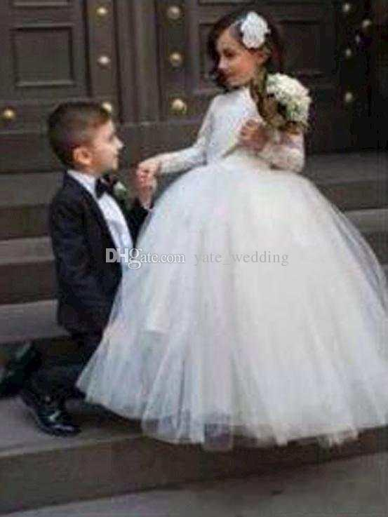 2017 Nice Flower S Dresses With Long Sleeves Floor Length Ball Gown White Junior Bridesmaid Dress Pageant For In From