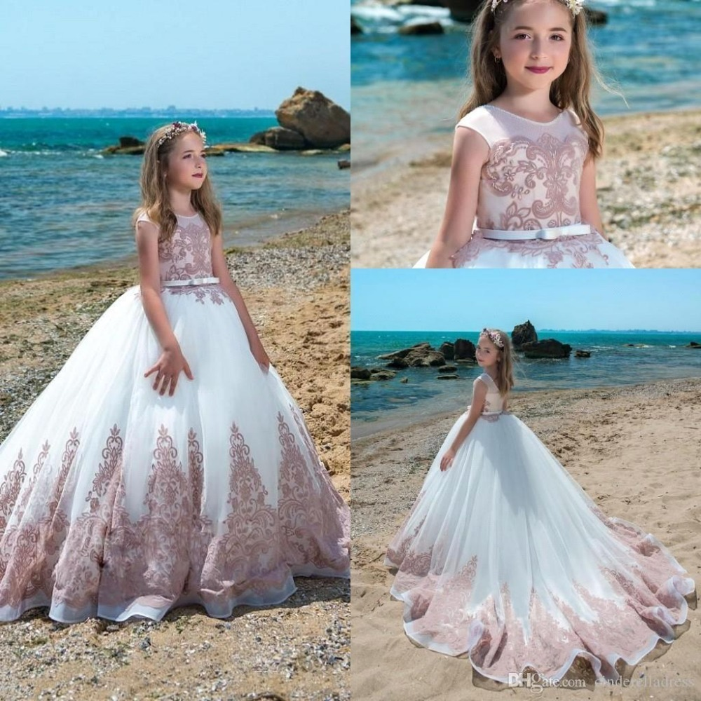 Princess   Flower     Girls     Dresses   Pageant   Dresses   2019 For Weddings Kids O Neck Lace Floor Length White First Communion Party Gowns