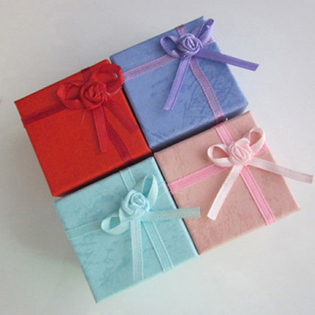 4X4X3cm Fashion Jewelry Earring Bangle Ring Gift Boxes Square Carton Bow Case 24pcs X7R4C