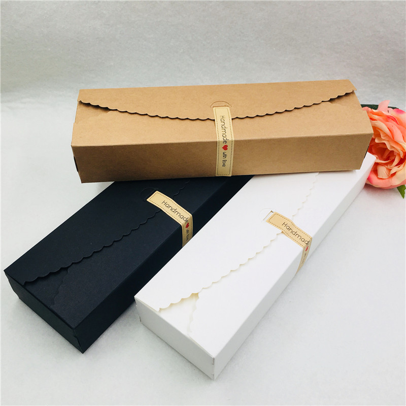 20pcs/lot Kraft Box With Free Sticker Handmade With Love Jewelry Carrying Cases Brown Black White Gift Boxes Packaging Boxes