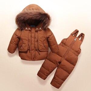 Image 3 - Moda kış erkek bebek giyim setleri 1 3Y erkek kayak takım elbise çocuklar spor tulum sıcak palto kürk ördek aşağı ceketler + önlük pantolon