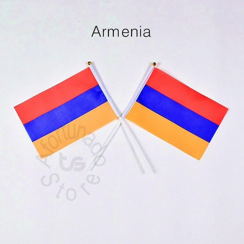 service gratuit de rencontres arméniennes datant d'un homme de 45 ans n'a jamais épousé