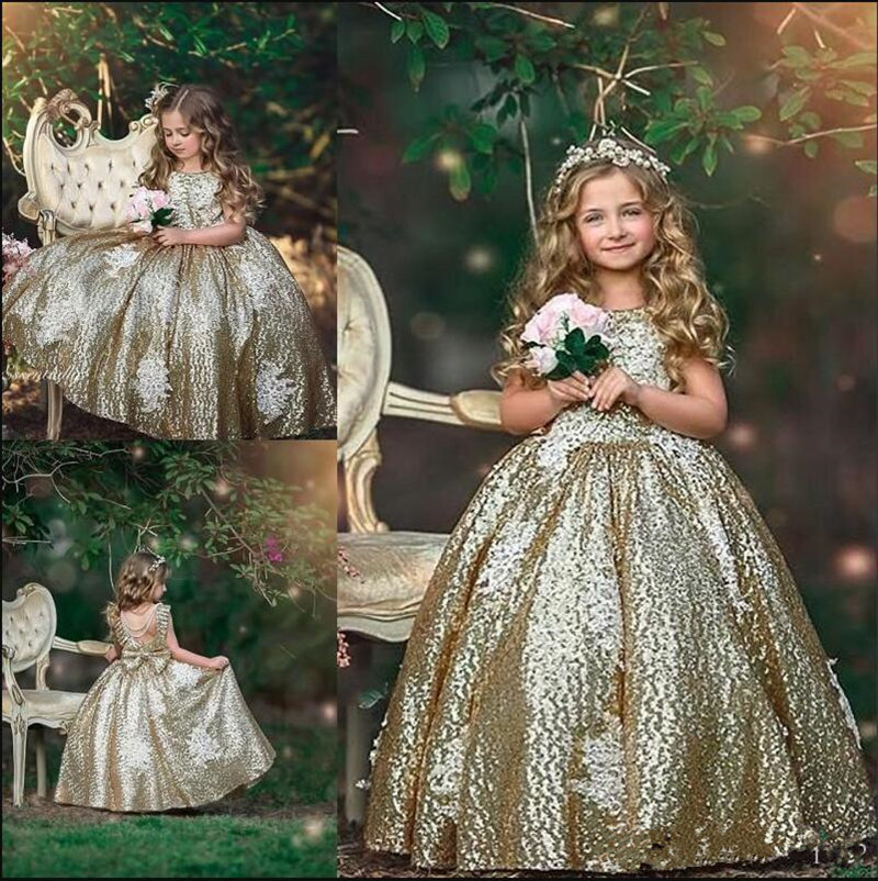 Gorgeous Princess Dress Made Of High Quality Sparkly Sequin Customized Flower Girl Dress with Bow Pleat Backless Pageant GownsGorgeous Princess Dress Made Of High Quality Sparkly Sequin Customized Flower Girl Dress with Bow Pleat Backless Pageant Gowns