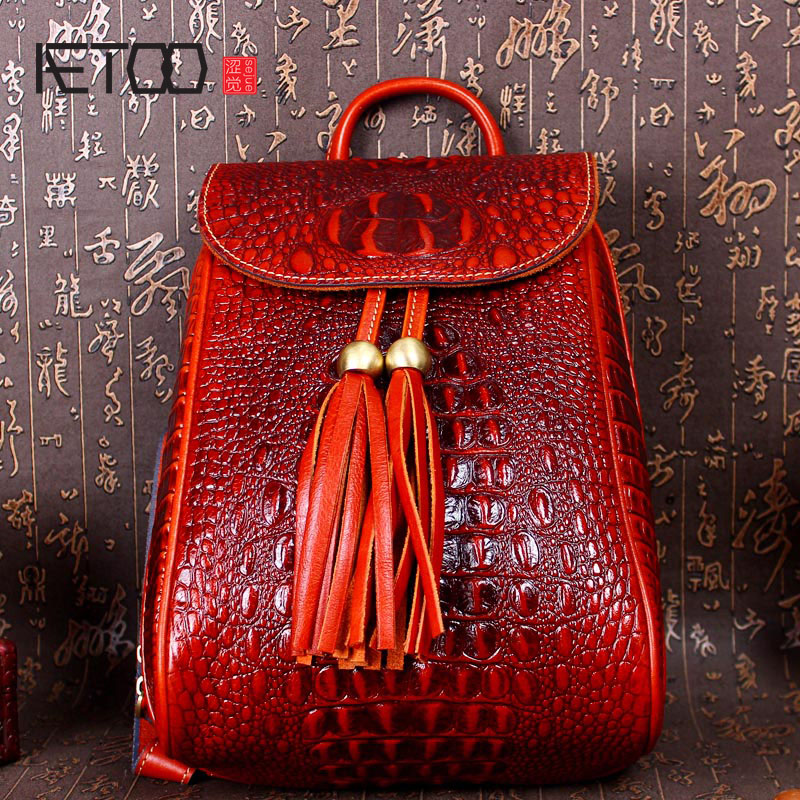AETOO Leather cowhide bag European and American women retro tassel crocodile leather backpack casual backpack hot sale women s backpack the oil wax of cowhide leather backpack women casual gentlewoman small bags genuine leather school bag