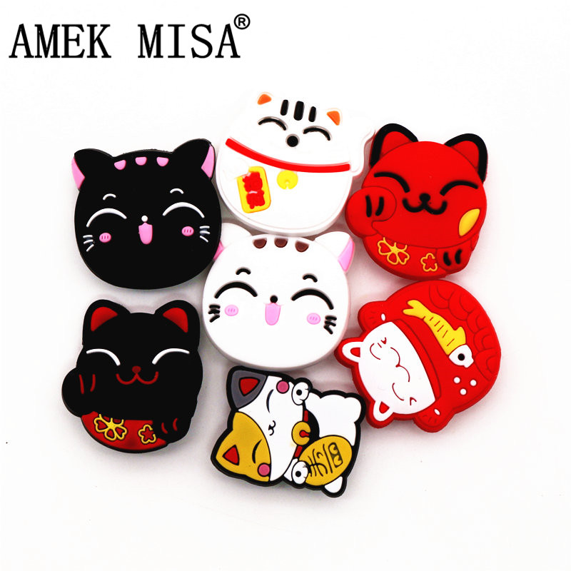 1Pcs The Cute Lucky Cat PVC Croc Shoe Charms Accessories Lovely Kitty Garden Shoe Decoration For Jibz Kid's Party X-mas Gift
