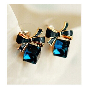 2017 Fashion Lovely Blue Lady Bow Crystal Cubic Ear Stud Earring Gift For Lover Girls ne424