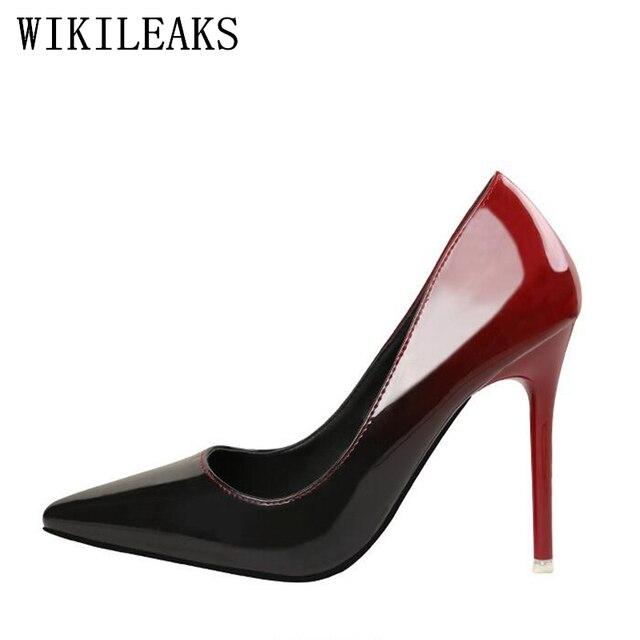 8613e85750 Mulheres Bombas de Cor Gradiente de Moda Couro Envernizado Sapatos de Casamento  Salto Alto Sapatos de