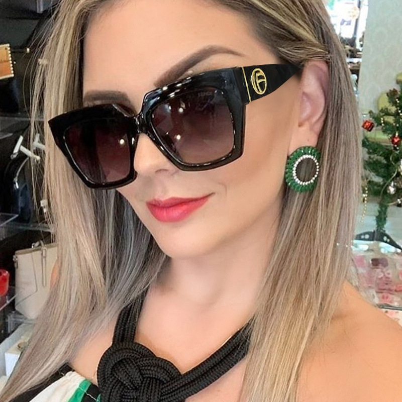 RFOLVE 2019 Summer New Style Sunglasses Women Brand Design Fashion UV400 Square Sun Glasses High Quality Ladies ShadesRX18 image