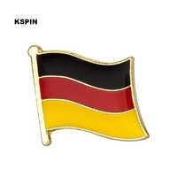 Deutschland Flagge Revers pin Abzeichen Auf EINE Pin Brosche Schmuck Rozetten Papiers KS-0049